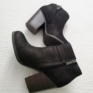 Kenneth Cole Reaction- Might be, booties